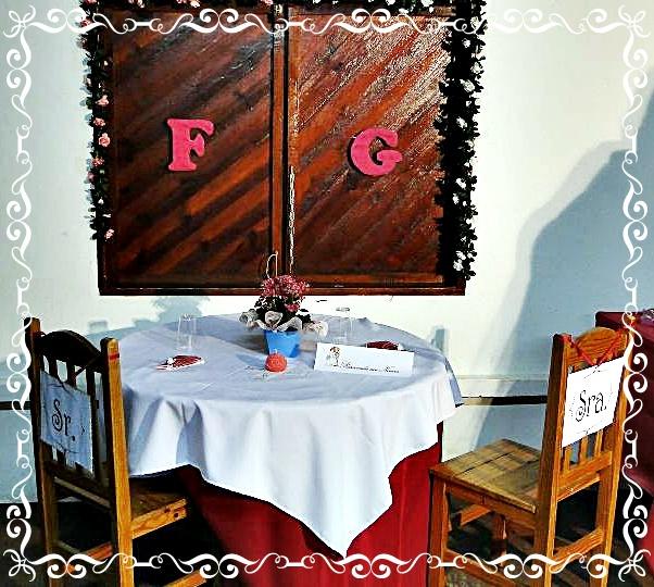 como decorar Mesa dos Noivos