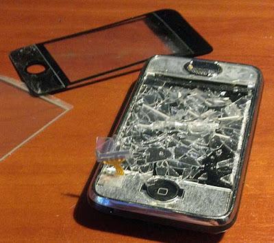 Kaputtes Smartphone Display