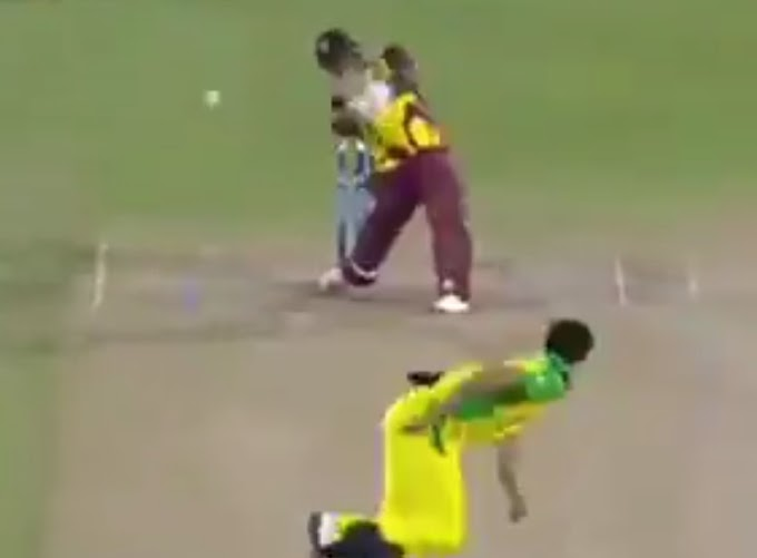 Andre Russell smashes two mighty sixes off Mitchell Starc bowling