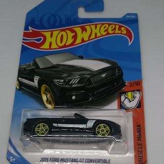Hot Wheels Ford Mustang GT Convertible
