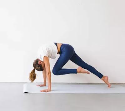 6 lí do bạn nên tham gia lớp học Vinyasa Yoga