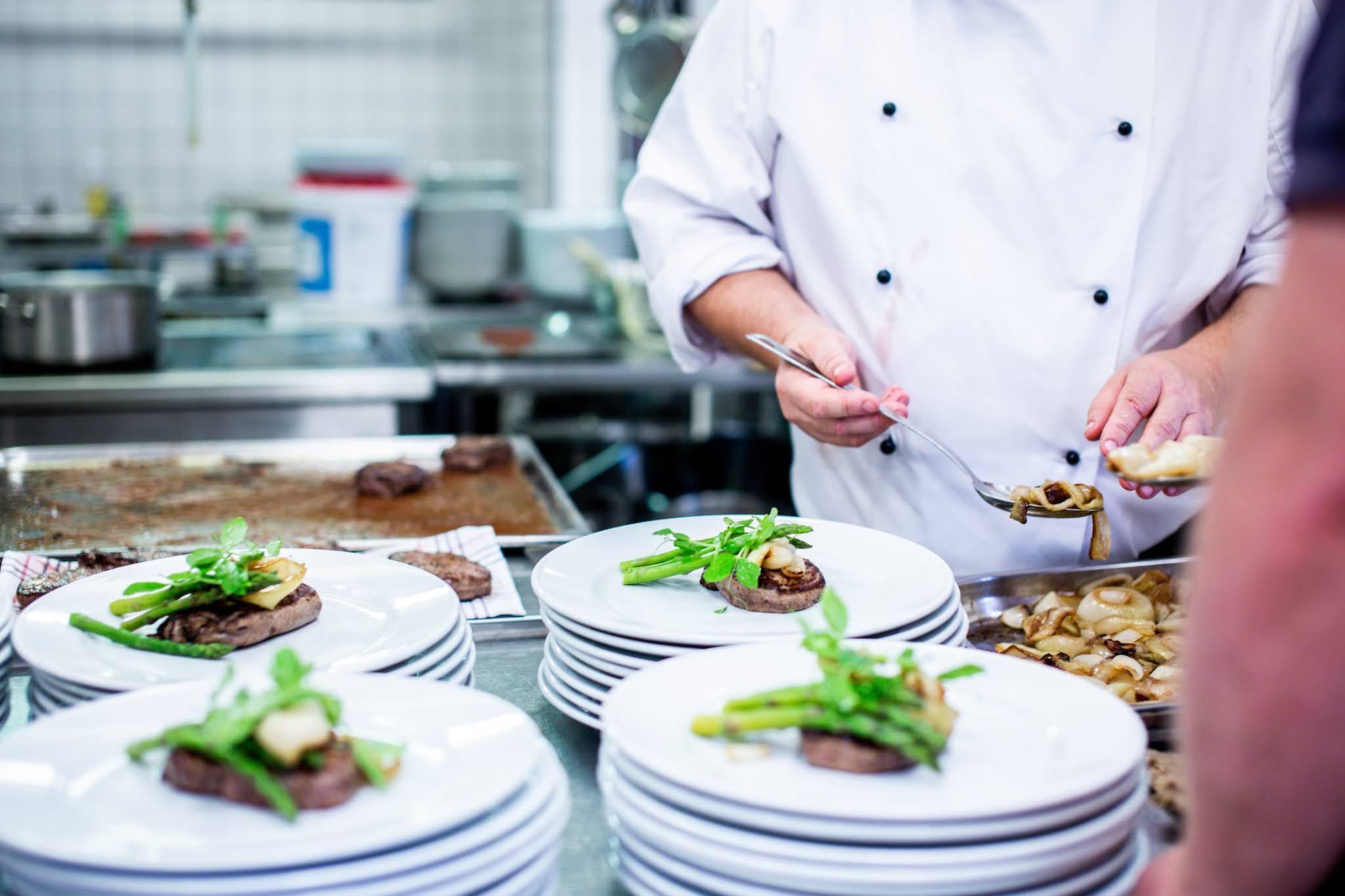 Profesjonalne sprzęty dla każdej gastronomii i kuchni