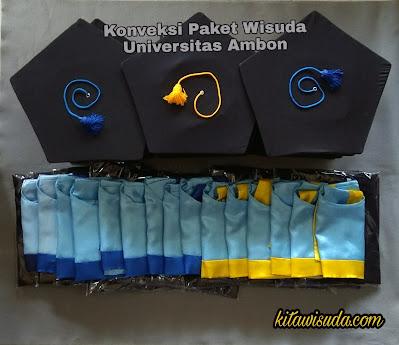 Toga wisuda universitas Ambon