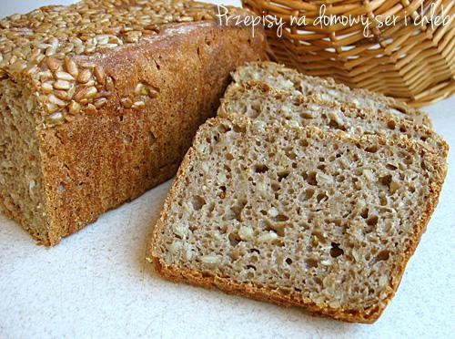 Prosty chleb razowy ze słonecznikiem