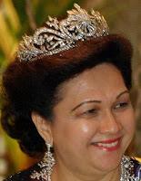gandik diraja diamond tiara malaysia queen fauziah perlis