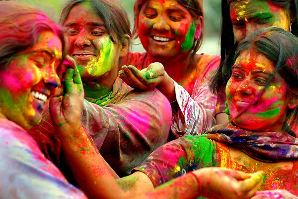 Holi Festival Wallpaper For Friendship and harmony