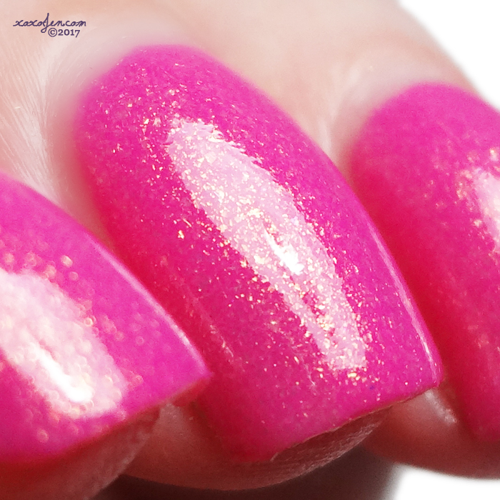 xoxoJen's swatch of KBShimmer I Don't Want No Shrubs
