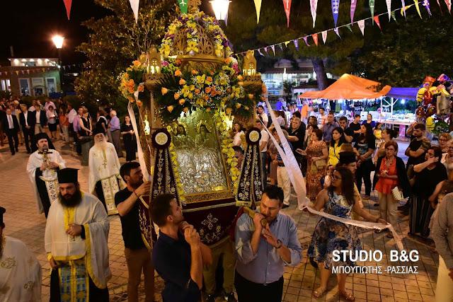 Η εορτή του Αγίου Πνεύματος στην Αγία Τριάδα (Μέρμπακα) Ναυπλίου (βίντεο)