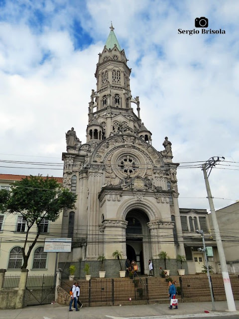 Vista ampla da Paróquia Nossa Senhora da Saúde - Vila Mariana - São Paulo