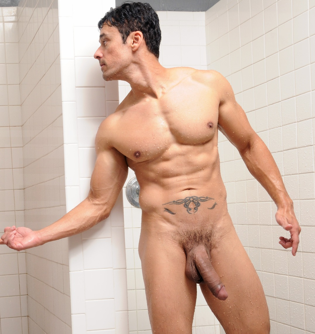 Free Well Hung Men Naked