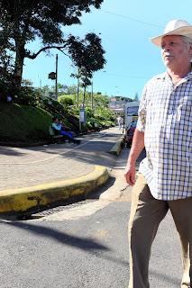 Man walking in street of Puriscal