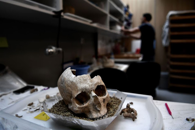 Archaeologists go high-tech in 2,500-year-old Greek cold case