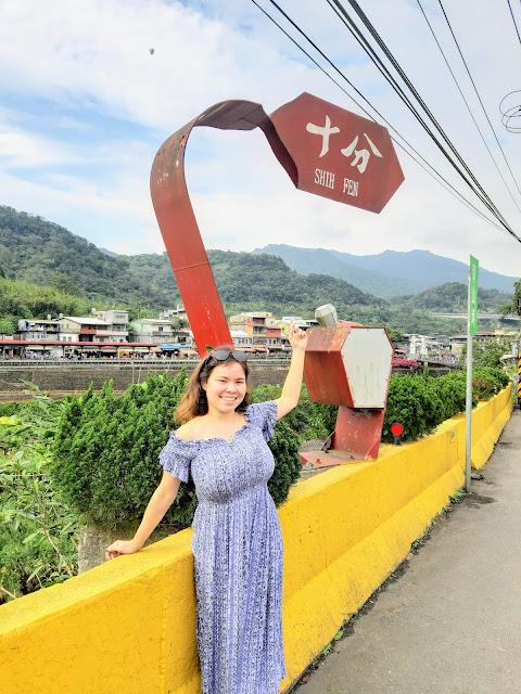 pingxi shifen lantern festival things to do