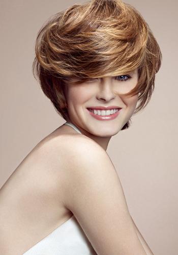 coiffure pour femmes les 10 coupes de cheveux tendance pour le printemps et l 39 t le blog. Black Bedroom Furniture Sets. Home Design Ideas