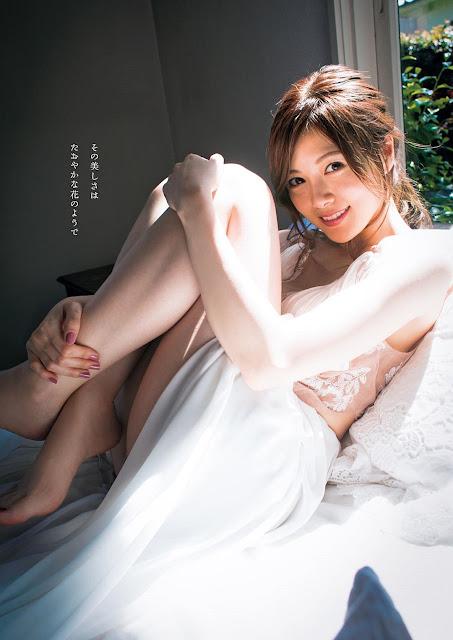 Shiraishi Mai 白石麻衣 like a flower images 02