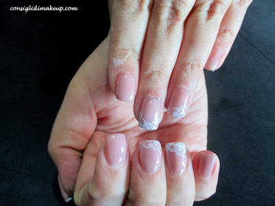 Nail art: double french