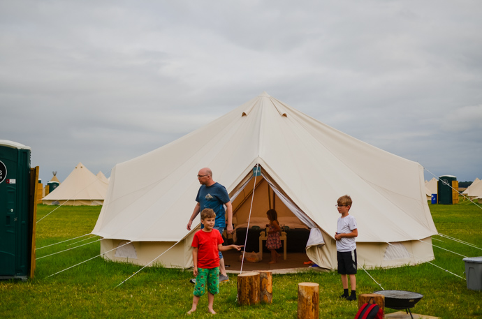 cloud nine glamping, family glamping, cotswolds glamping