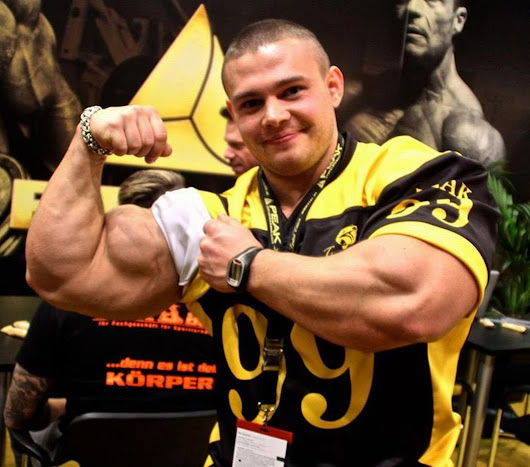 FUHH! BODYBUILDER JUNIOR TERBAIK DUNIA ALEXEY LESUKOV! (VIDEO)