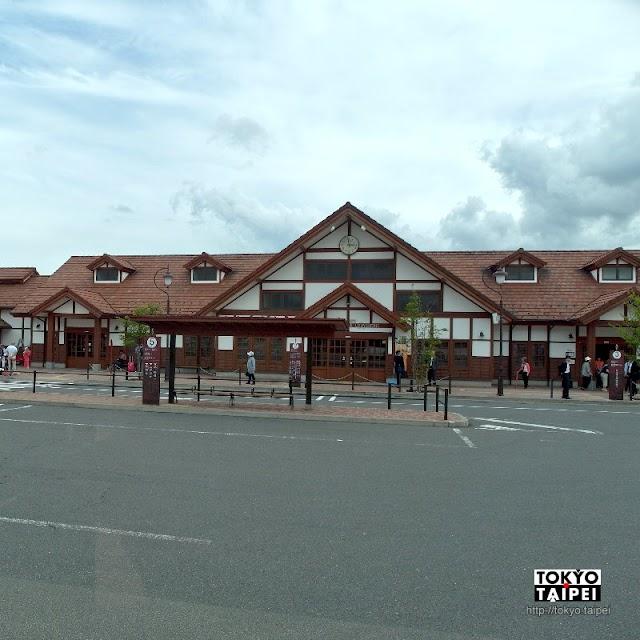 【河口湖駅】在看得到富士山的車站 買纜車遊船巴士套票準備遊湖