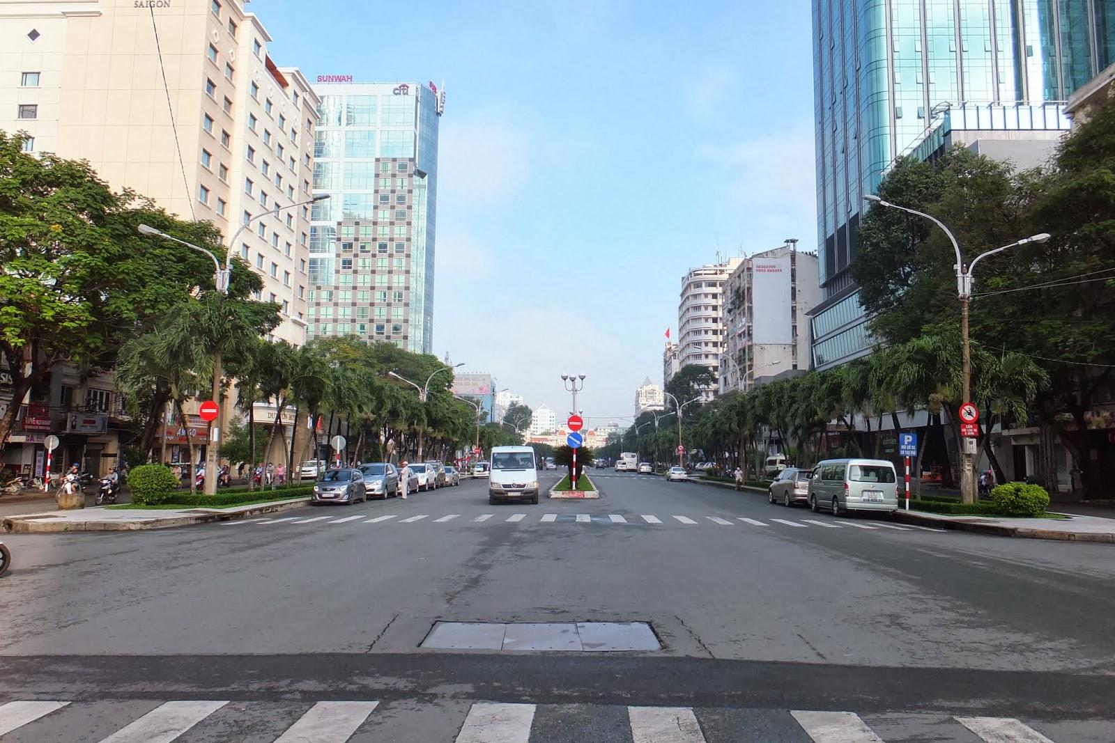 nugyen-hue-street グエンフエ通り(改良前)