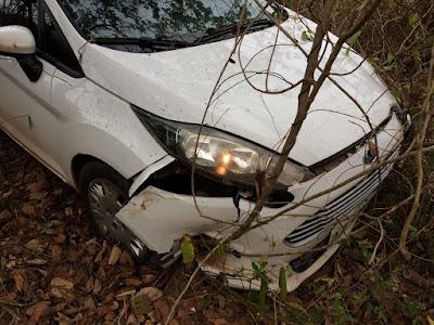 Veículo é arremessado para fora da pista após sofrer colisão traseira na BR-010 no Maranhão