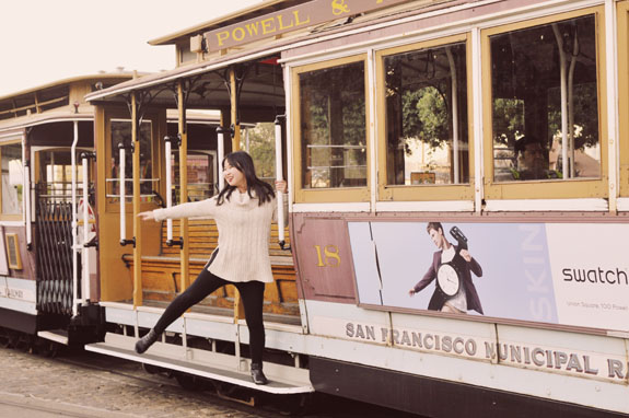 San Francisco Bucket List - hang off the side of a cable car
