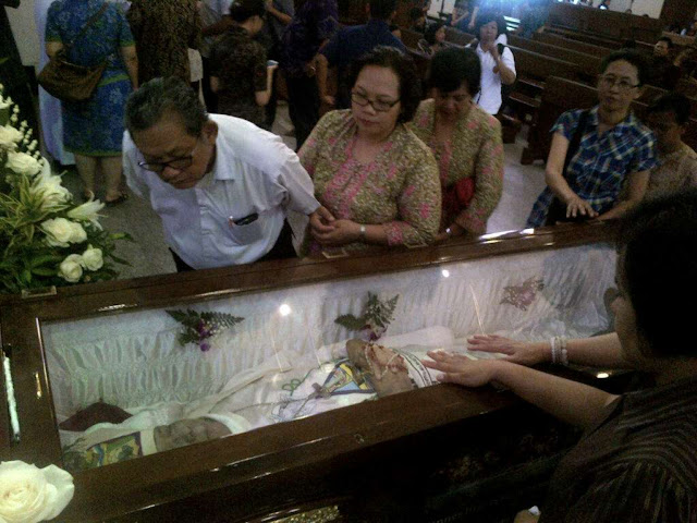 Uskup Agung Semarang Meninggal dalam Iringan Lagu 'Nderek Dewi Maria'