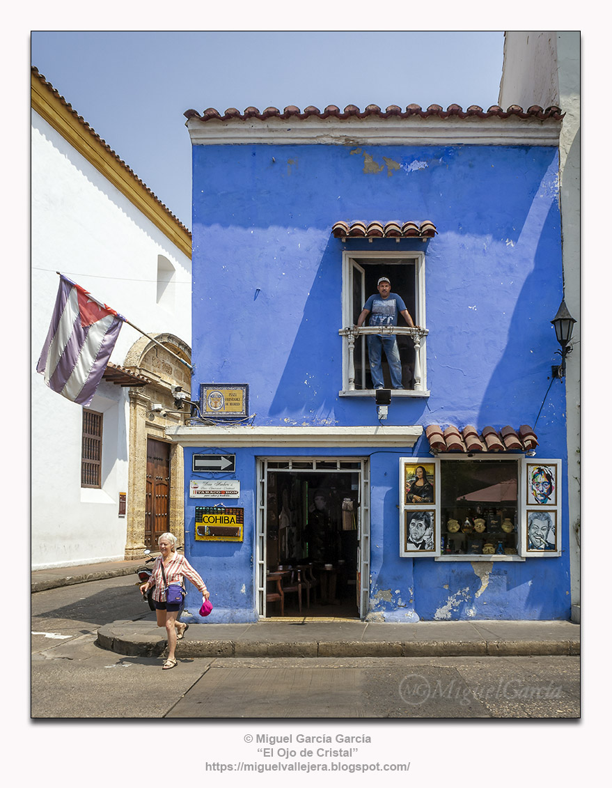 Don Ambro's, Tabaco y Ron. Plaza Fernández de Madrid, Cartagena (Colombia)