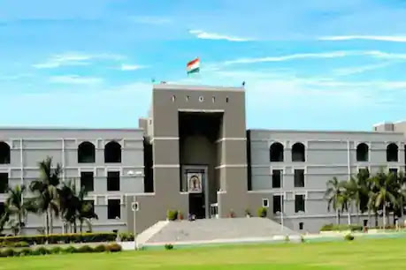 Gujarat High Court strict on Corona's growing cases, said - Lockdown is needed