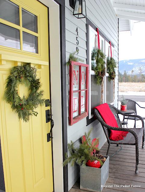 Christmas Decor for the Porch