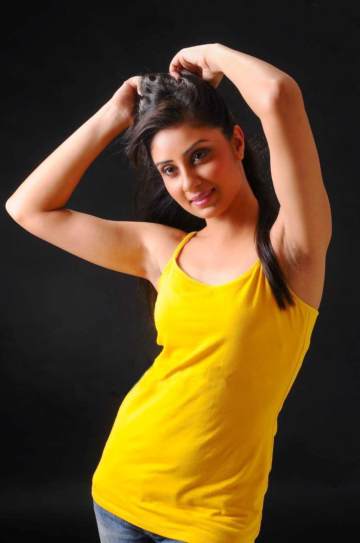 Surabhi Cute Wallpapers Free Movie Wallpapers Bhanusree Mehra Hot Armpit Stills