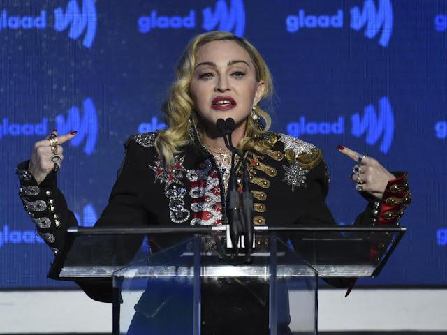 La cantante Madonna durante la 30º ceremonia de premios GLAAD en Nueva York