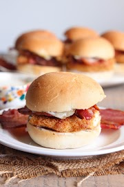 Easy Chicken, Bacon and Ranch Sliders