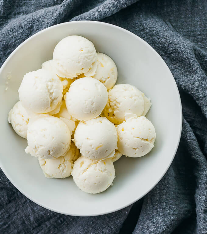 LEMON CHEESECAKE FAT BOMBS WITH CREAM CHEESE #diet #keto #healthyrecipes #easy #cream