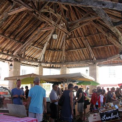 The market 'halle' of Martel