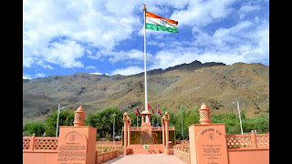 Places to visit in Jammu and kashmir (Kargil war memorial)