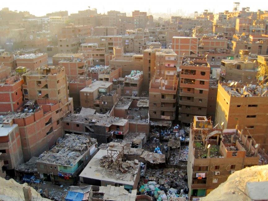 أكبر 10 مساكن عشوائيات في العالم