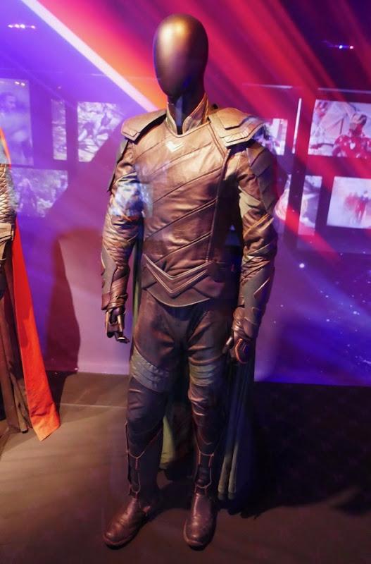 Tom Hiddleston Avengers Infinity War Loki costume