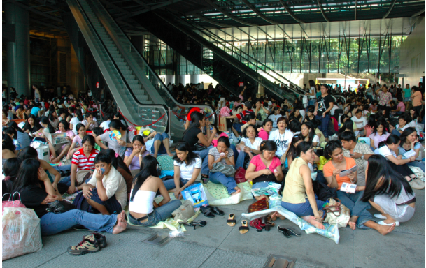 Buruh Migran di Hong Kong Terancam di Deportasi Setelah Tertangkap Tangan Jual Jaket adidas Palsu ke Temannya