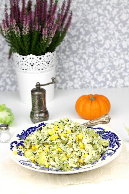 surówka z kalafiora, sałatka z surowego kalafiora, sałatka z surowego kalafiora przepis,