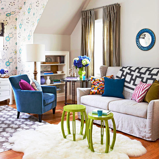 Non Traditional Wall Décor Ideas To Make A Bold Statement: Modern Furniture: 2013 Contemporary Living Room Decorating