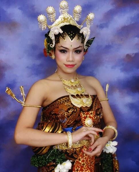 Beautiful Indonesian Bridal Makeup Tips New Photos 2014