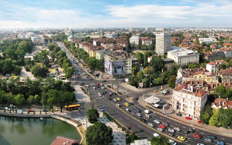 Η ελληνική ανάπτυξη μετακόμισε στη φθηνότερη Βουλγαρία