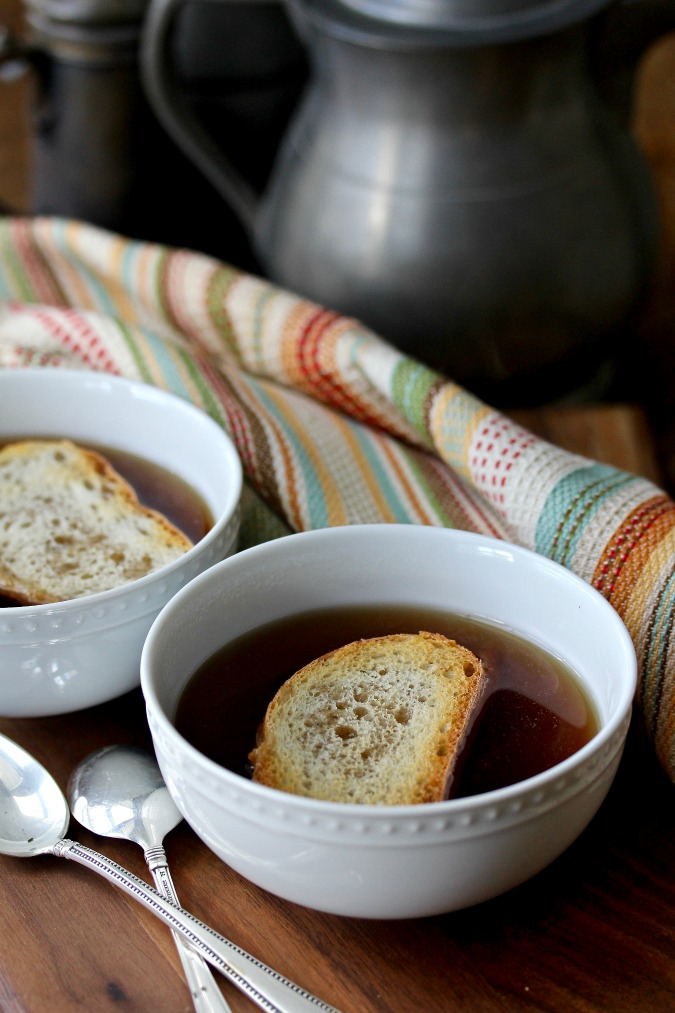 Vegetable Broth with toast