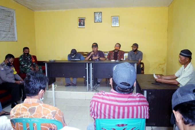 Desa Perbo Curup Utara membagikan BLT-DD Tahap II salur 3 dan Opname pekerjaan Jalan Rabat Beton