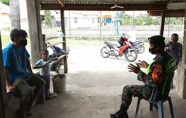 Babinsa Andi Hakim Ajak Warga Desa Seleman Melakukan Vaksinasi dan Disiplin Menerapkan Protokol Kesehatan