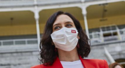 """Isabel Díaz Ayuso """"Vacunarse es seguro y es imprescindible, de hecho"""""""
