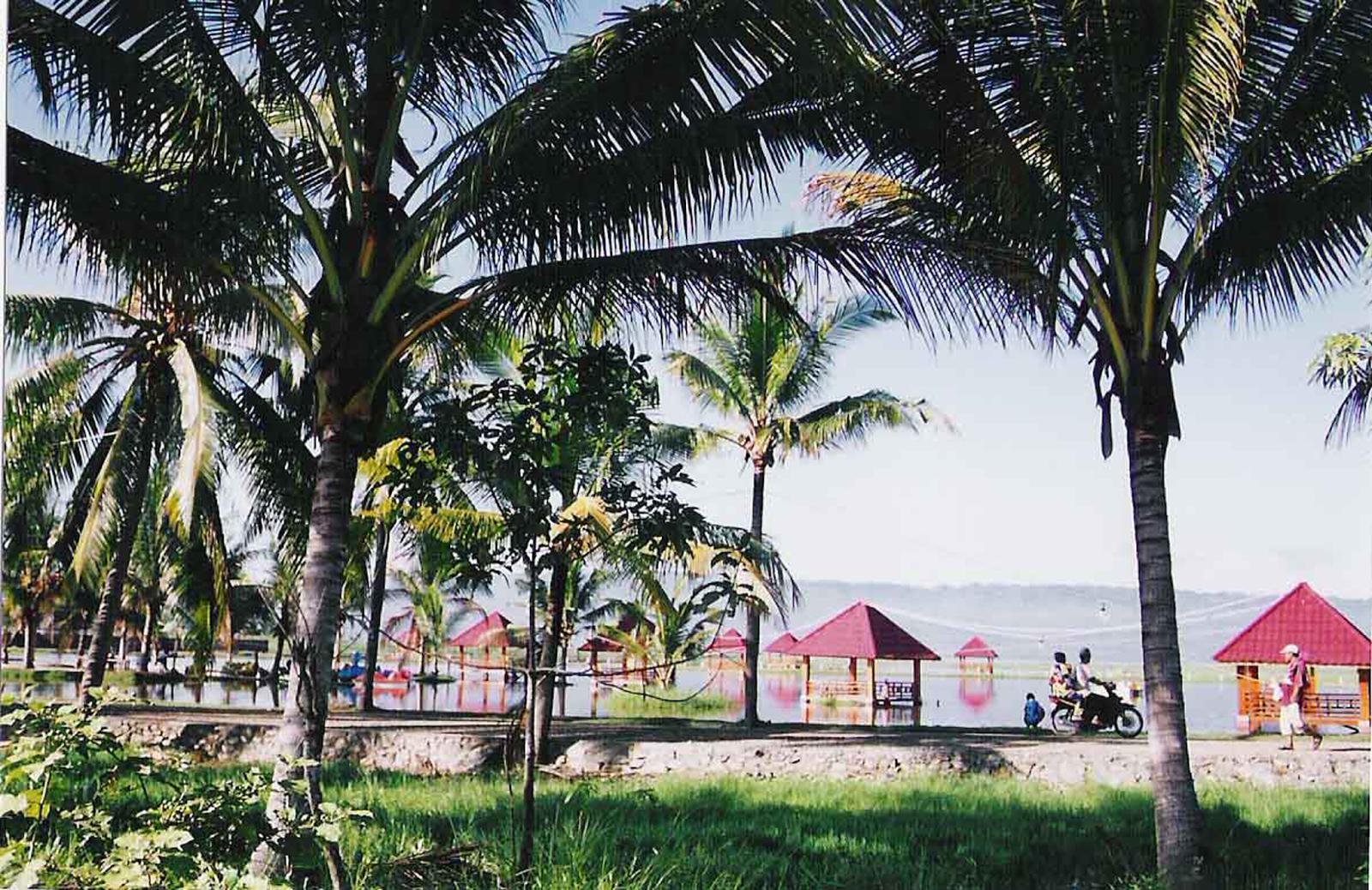 Pentadio Resort - Danau Limboto