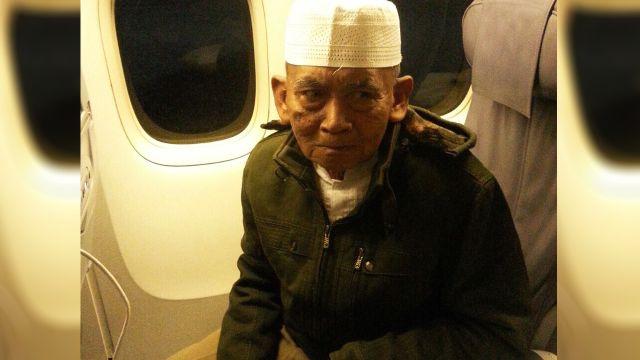 Setelah Ditahan Selama 6 Bulan Di Mekkah, Jamaah Umroh Asal Rembang Ini Kembali Ke Tanah Air