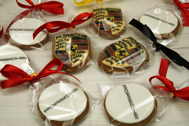 porsche logo cookies london